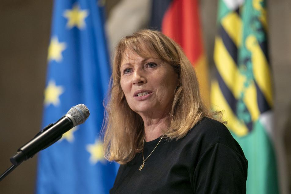 Ministerin Petra Köpping (62, SPD) sieht in Sachsen nach wie vor eine ernste Corona-Lage.