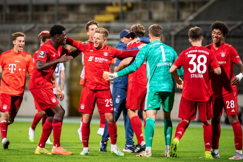 Der FC Bayern München II kann mit einem Sieg als erste zweite Mannschaft in der 3. Liga Meister werden.