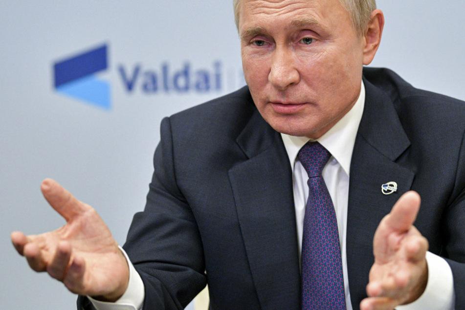 """Putin sieht keinen Grund für eine Vergiftung Nawalnys: """"Wer ist er schon?"""""""