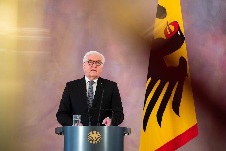 Bundespräsident Frank-Walter Steinmeier (65) stellt einen gemeinsamen Appell mit Arbeitgebern und Gewerkschaften zur stärkeren Nutzung des Homeoffice in Zeiten der Corona-Pandemie vor.