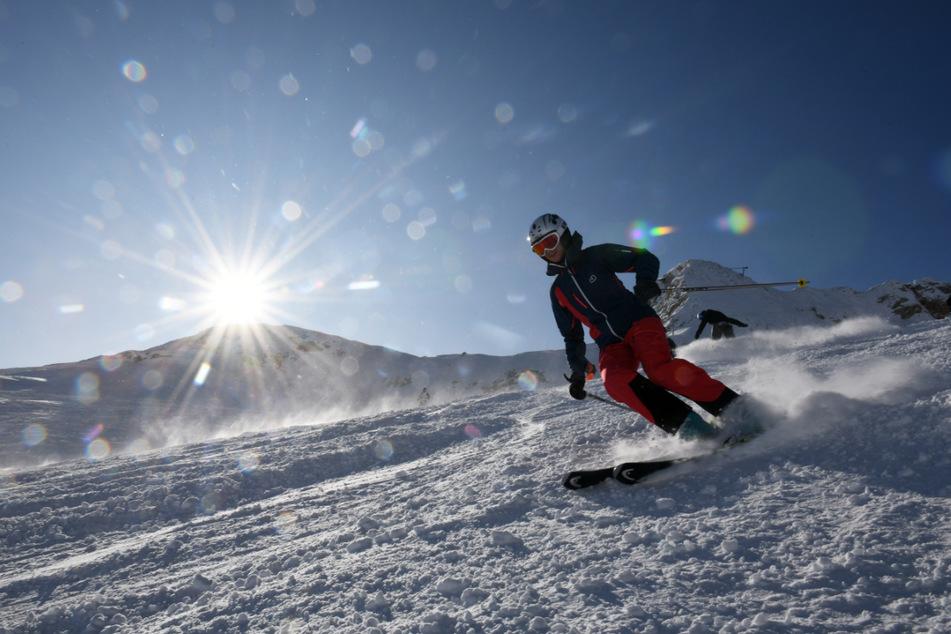 Trotz Corona-Auflagen: Alpenregionen hoffen nach Ausfall auf gute Skisaison
