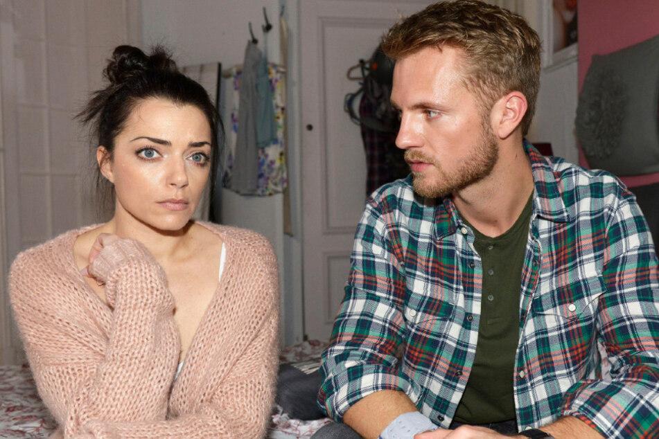 Emily erzählt Paul die Wahrheit.