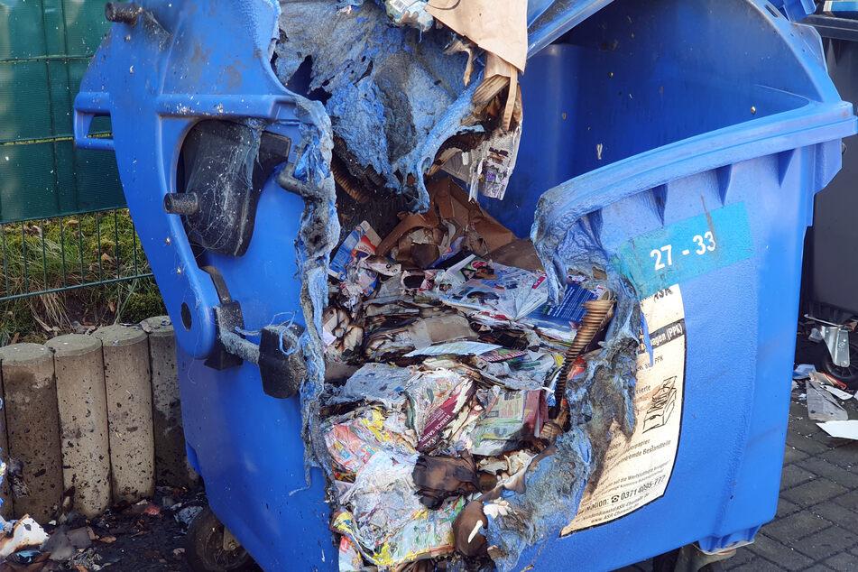 Seit mehreren Wochen brennen in Chemnitz immer wieder Abfallcontainer, wie hier Mitte April in der Stollberger Straße.
