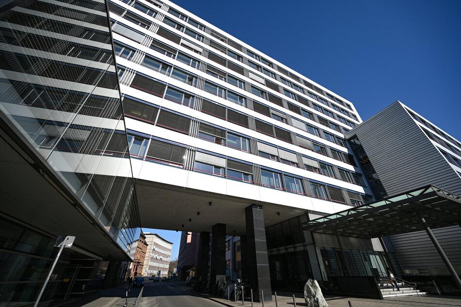 Im Frankfurter Gerichtsviertel liegt der Gebäudetrakt, in dem das Oberlandesgericht Frankfurt und die Generalstaatsanwaltschaft ihren Sitz haben.