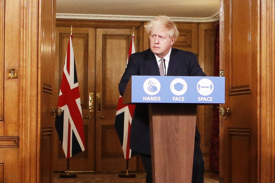Boris Johnson, Premierminister von Großbritannien, gibt eine Pressekonferenz.