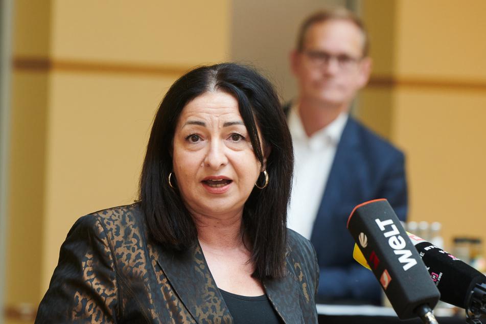 Dilek Kalayci (54, SPD) verkündete die Entscheidung zur neuen Quarantäne-Dauer.