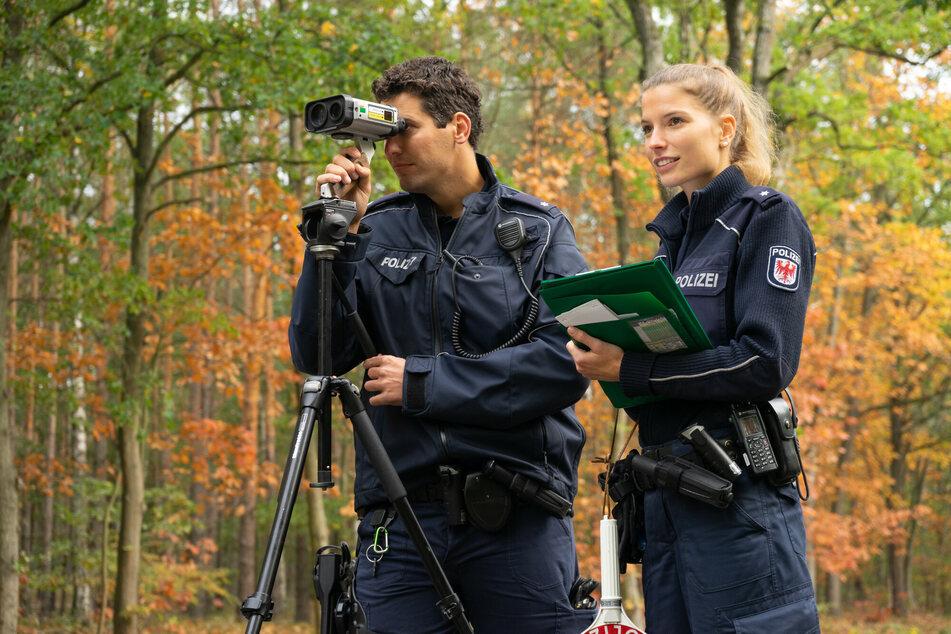 Polizei Brandenburg sucht mit Hochdruck nach diesen Personen!