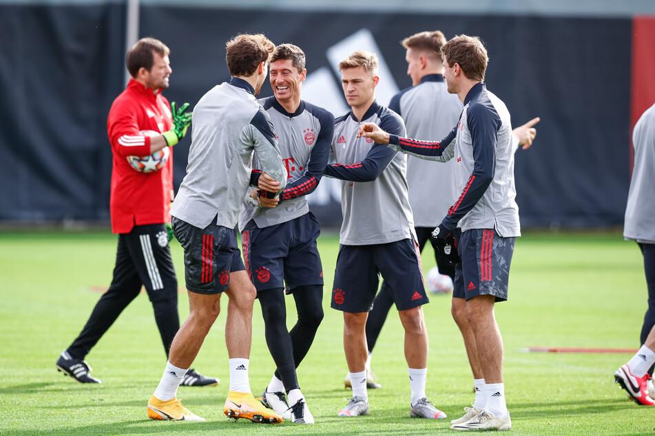Die Bayern haben gut lachen: Trotz positivem Corona-Test bei Serge Gnabry dürfen sie wie geplant in der Champions League antreten.