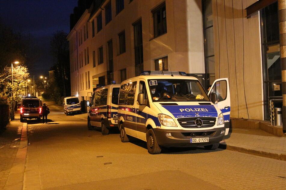Im Leipziger Stadtteil Connewitz waren am Mittwochabend mehrere Beamte im Einsatz.