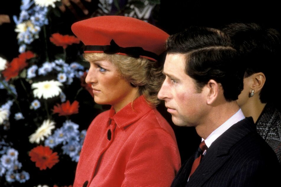 Princess Diana (†36, l.) had two children with her husband Prince Charles (archive image).