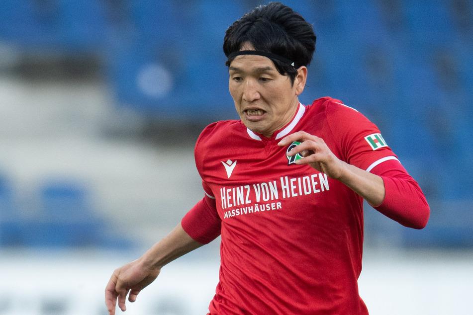 Genki Haraguchi (30) kennt Berlin. Vier Jahre lang spielte der Japaner für Hertha BSC.