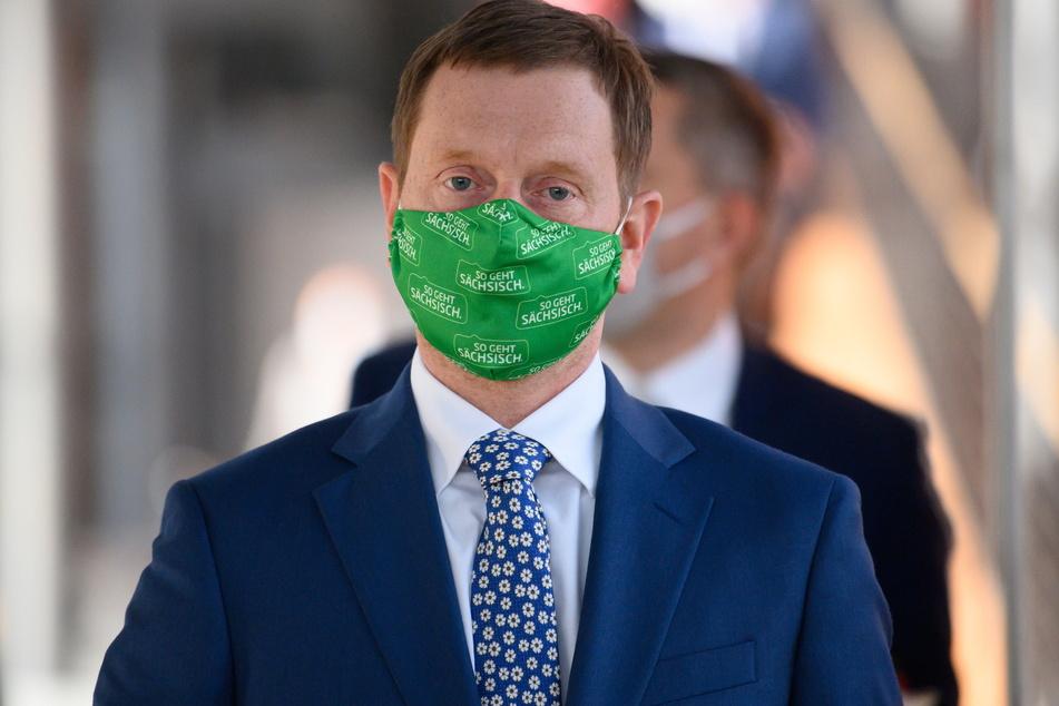 Sachsens Ministerpräsident Michael Kretschmer (45, CDU) brachte eine mögliche Ausgangssperre bereits am Dienstag ins Gespräch.
