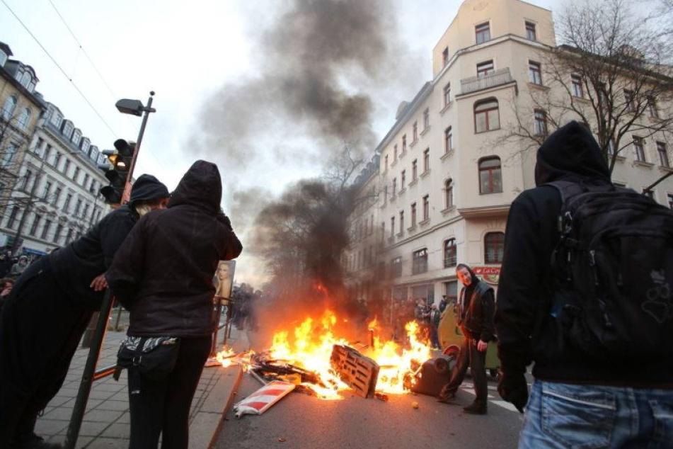 Linksautonome rufen zum Straßen-Terror auf