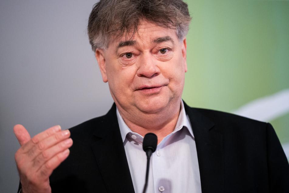 Werner Kogler (Grüne), Vizekanzler von Österreich und Sportminister.