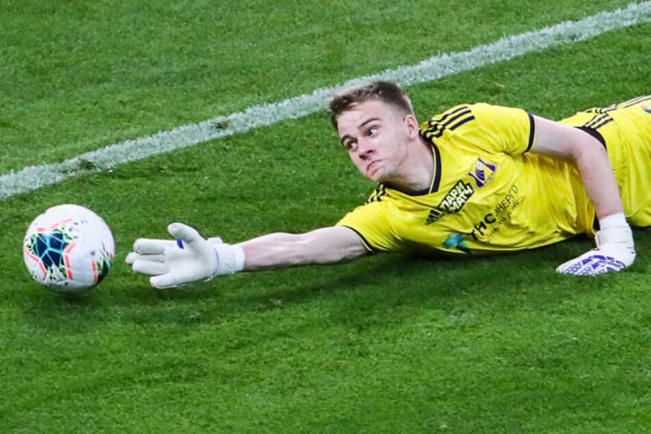 Jugendmannschaft vertritt Quarantäne-Klub und bekommt Mega-Klatsche: Keeper (17) wird dennoch zum Helden!