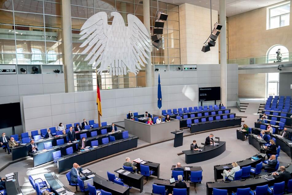 """Nun offiziell: Bundestag verlängert """"epidemische Lage von nationaler Tragweite"""""""
