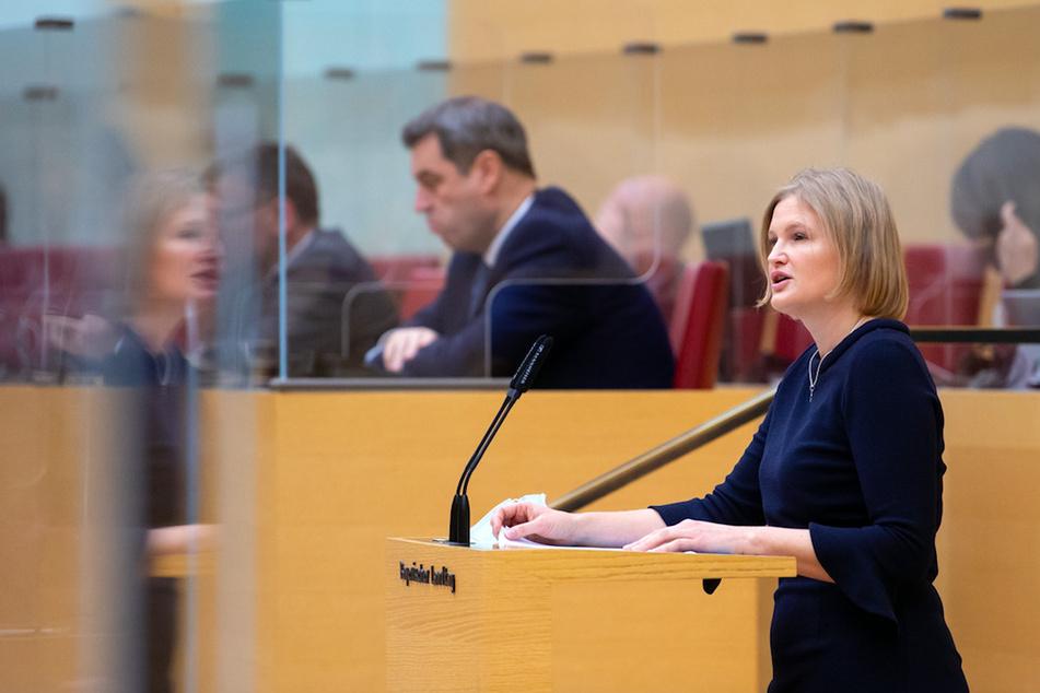 Gericht weist erneut AfD-Antrag gegen Maskenpflicht im Landtag ab