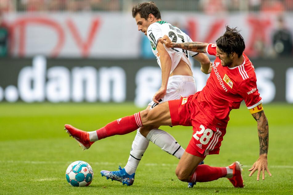 Christopher Trimmel (34, r.) vom 1. FC Union Berlin kämpft aktuell mit Österreich um die WM-Qualifikation.