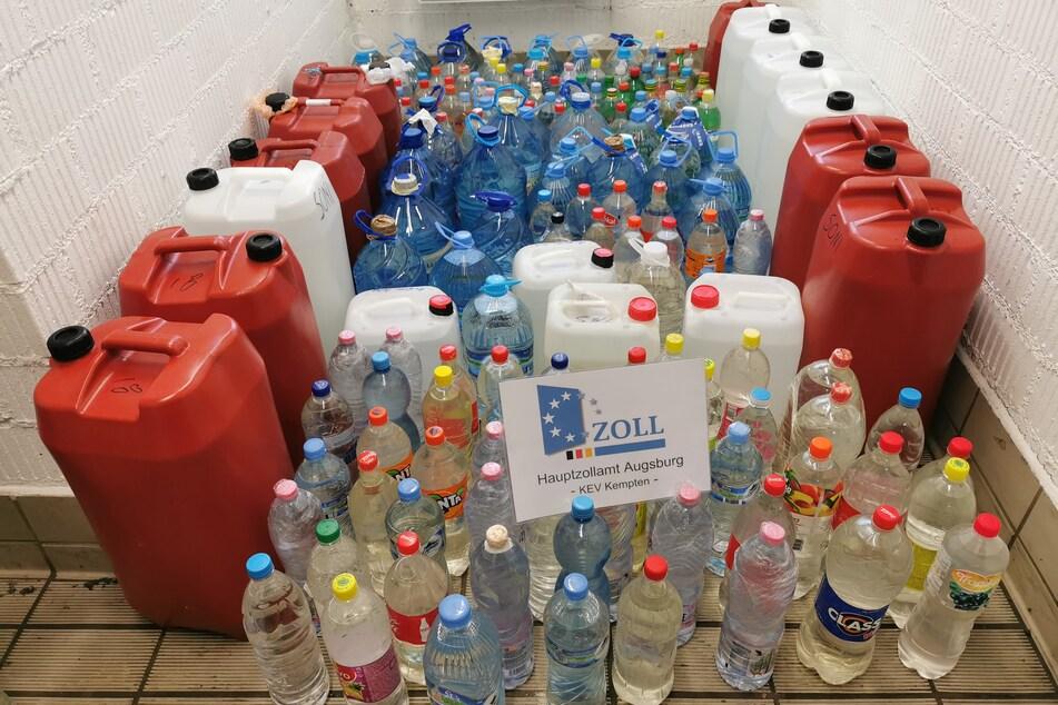Was in diesen Plastikflaschen und Kanistern ist, hat ein Nachspiel!