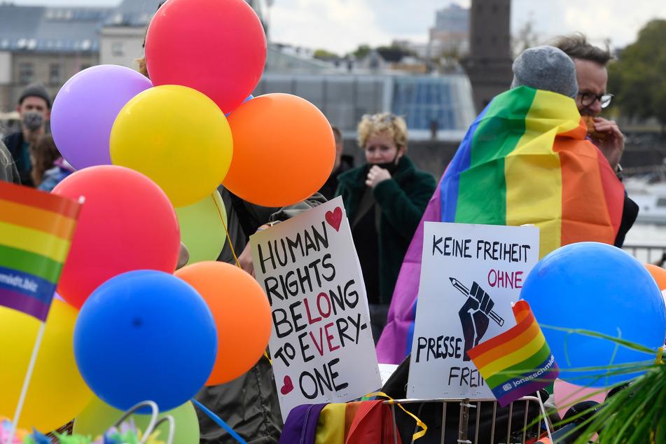 Auch in diesem Jahr ging es bei der CSD-Parade in Köln wieder bunt zur Sache. (Archivfoto)