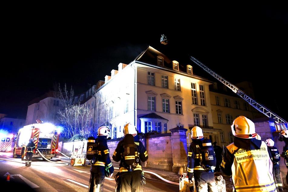 Die Einsatzkräfte waren etwa vier Stunden am Ort des Geschehens.