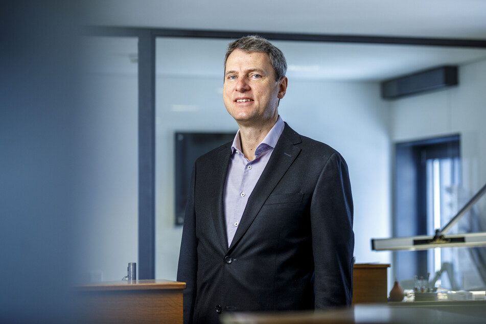 Alexander Philipp (51) ist der Betriebsleiter bei Tutima.