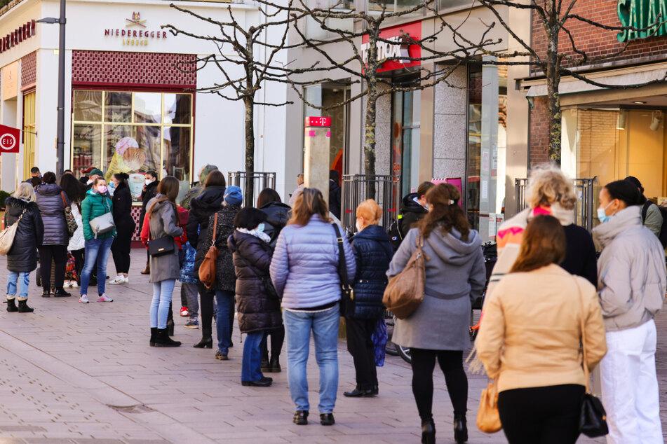 Das Land Schleswig-Holstein regelt die Öffnung des Einzelhandels ab Montag neu. (Symbolfoto)