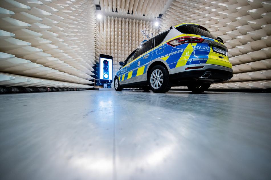 In NRW wird derzeit an digital vernetzten Streifenwagen für die Polizei getüftelt.