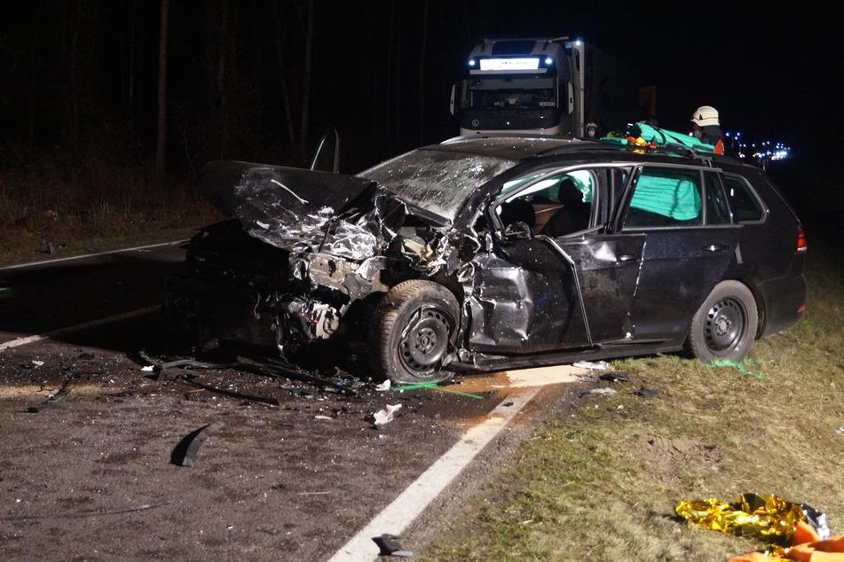 Zwei weitere Menschen wurden bei dem Frontal-Crash auf der B184 verletzt.