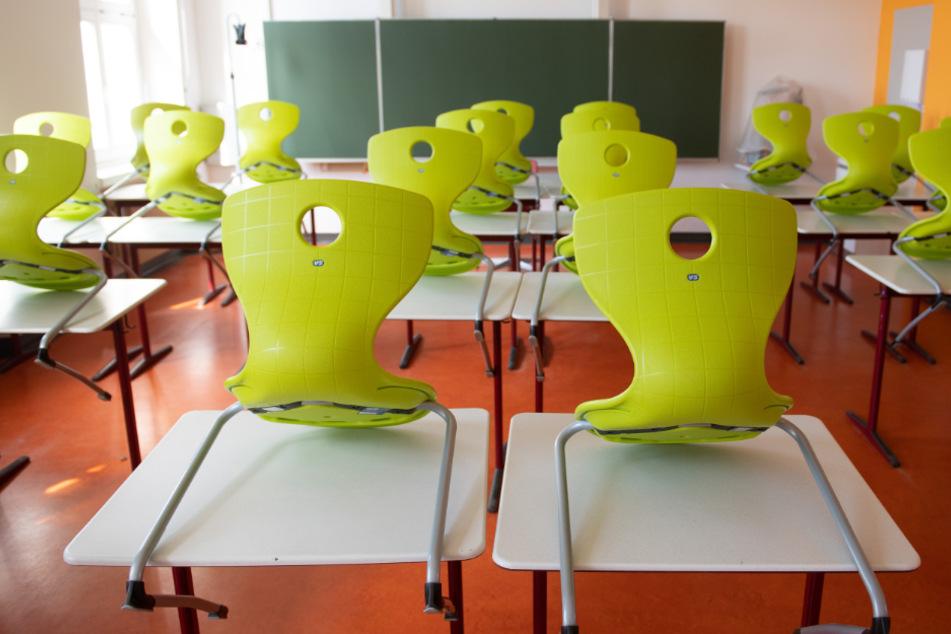 Werden die Schulferien bis zum 10. Januar 2020 verlängert, falls die Infektionszahlen nicht zurückgehen?