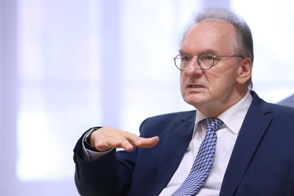 Sachsen-Anhalt: Ministerpräsident Haseloff in Quarantäne