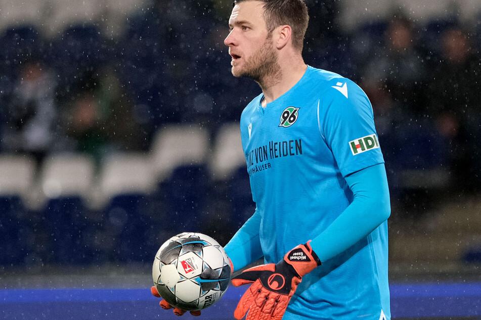 Michael Esser (32) spielte von 2017 bis 2019 in Hannover und zuletzt in Hoffenheim (Archivbild).