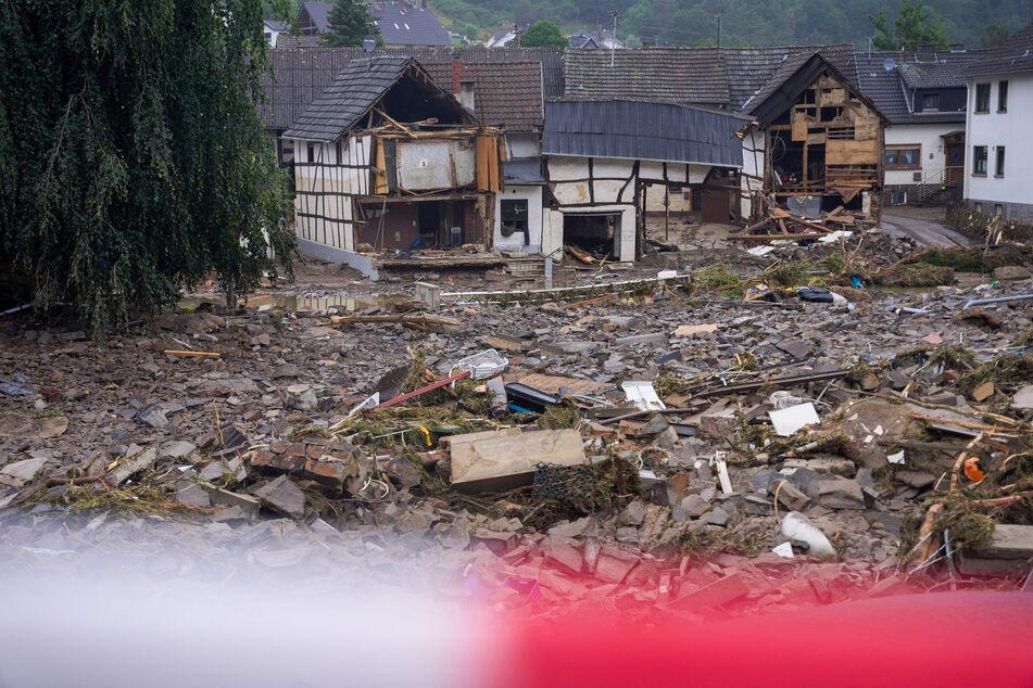 In Rheinland-Pfalz, hier Bad Neuenahr-Ahrweiler, sind ganze Ortschaften wortwörtlich weggespült worden.