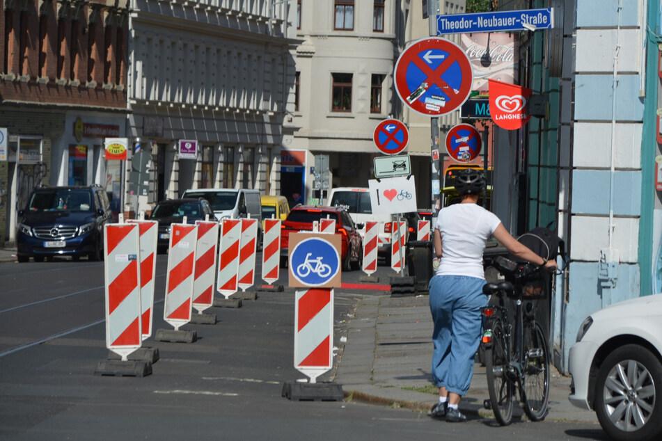 Auch in der Zweinaundorfer Straße/Ecke Theodor-Neubauer Straße hatten sich die Aktivisten damals für einen neuen Radweg eingesetzt.
