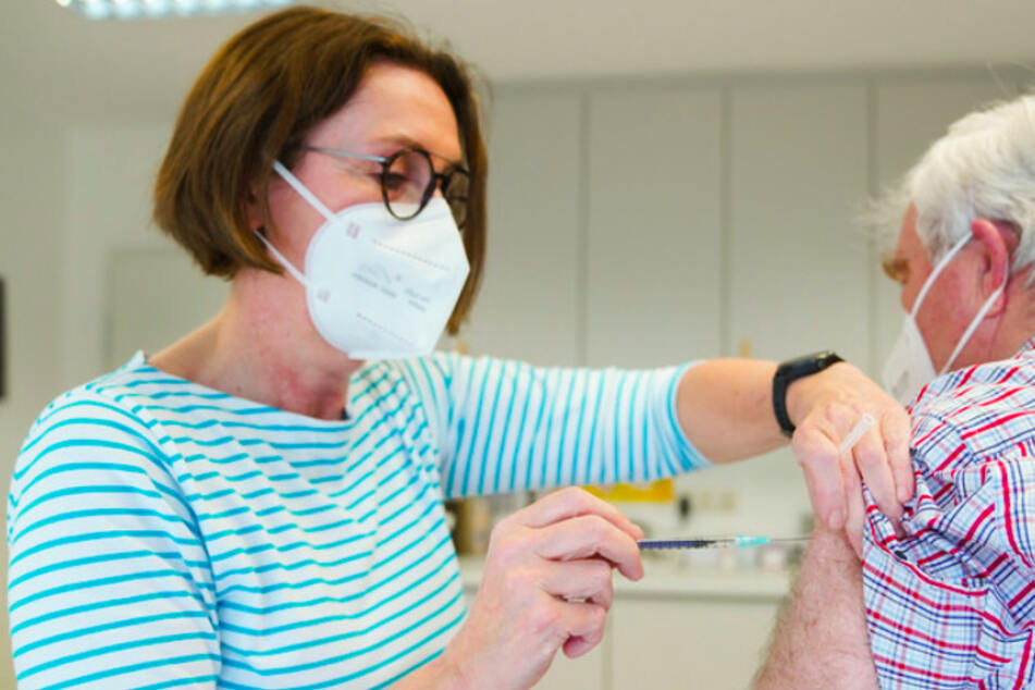 8500 Praxen am Start: Flächendeckende Impfung bei Bayerns Hausärzten