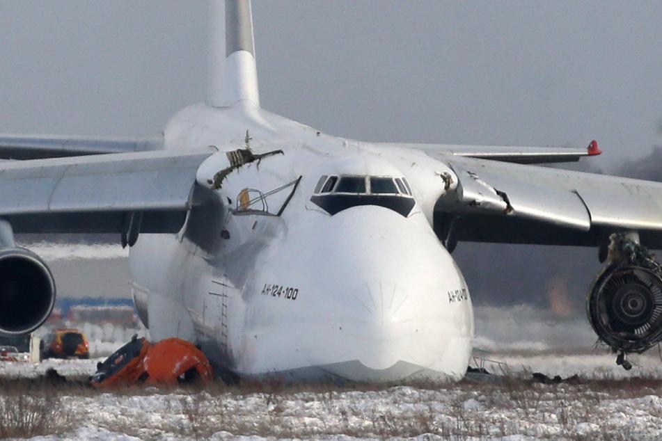 Bruchlandung von Antonov: Pilot rettet Crew das Leben