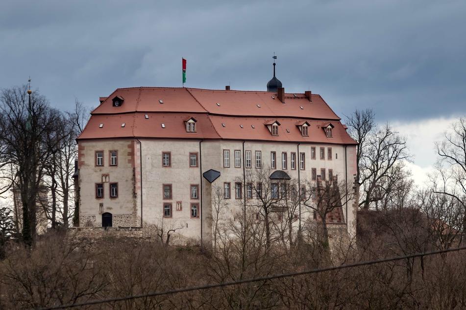 Die Wanderung startet am Schloss Waldenburg.