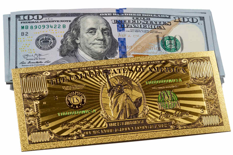 A Tennessee woman tried to pay for her errands with a 1 million dollar bill - and got busted (stock image).