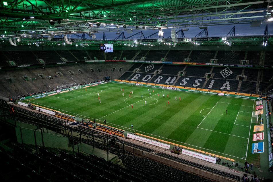 Der 1. FC Köln musste bei Borussia Mönchengladbach das erste Geisterspiel der 1. Bundesliga austragen.