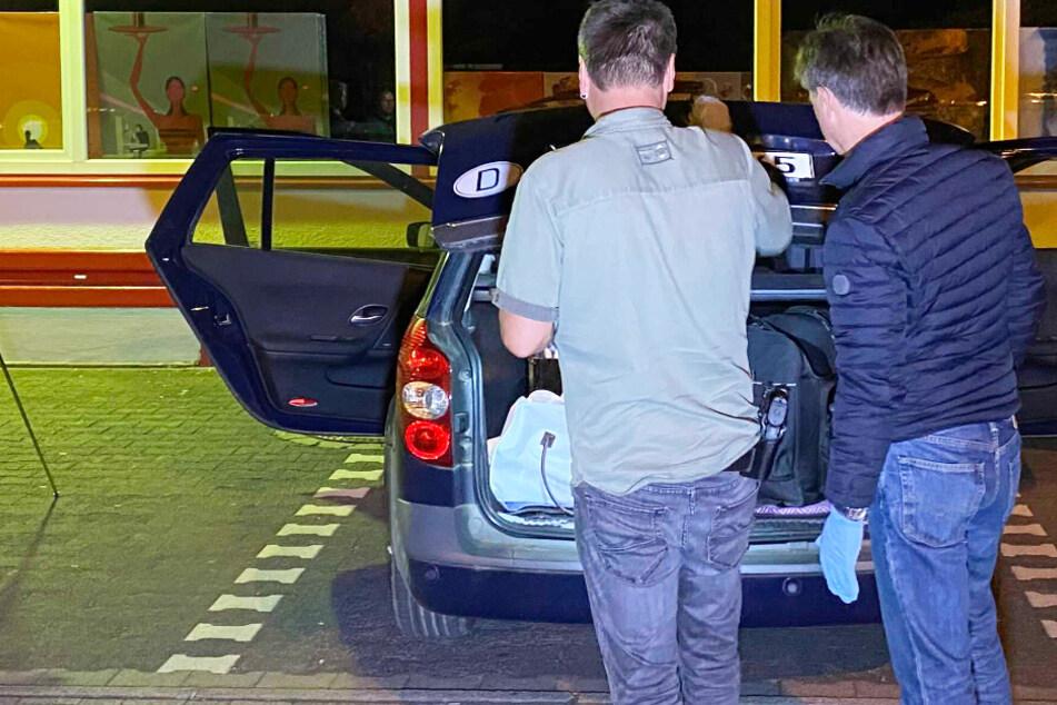 Kontrolle eskaliert: Vermisster Mann zielt mit Pistole auf Bauch von Polizist, dann fällt ein Schuss
