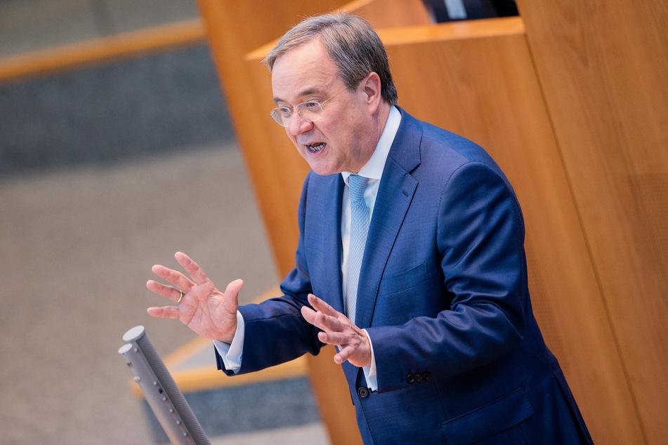 Armin Laschet (60, CDU) ist NRW-Ministerpräsident und will den Vorfall in Düsseldorf aufklären.