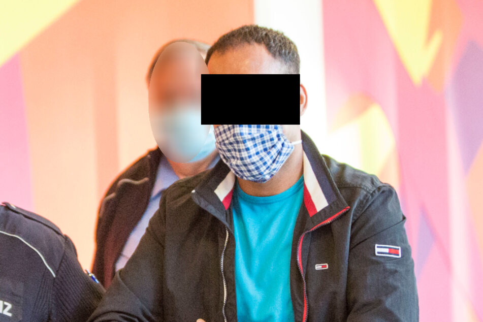 Bruder Hussein (derzeit offiziell 23) erklärte jetzt, Ali sei gar nicht sein Zwillingsbruder.