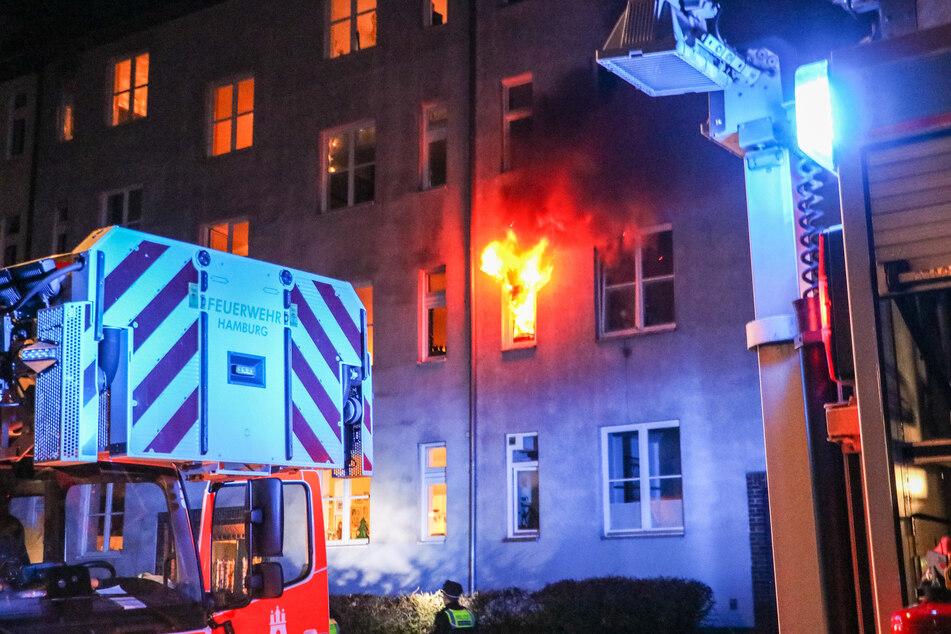 Die brennende Wohnung in Hamburg-Eimsbüttel.