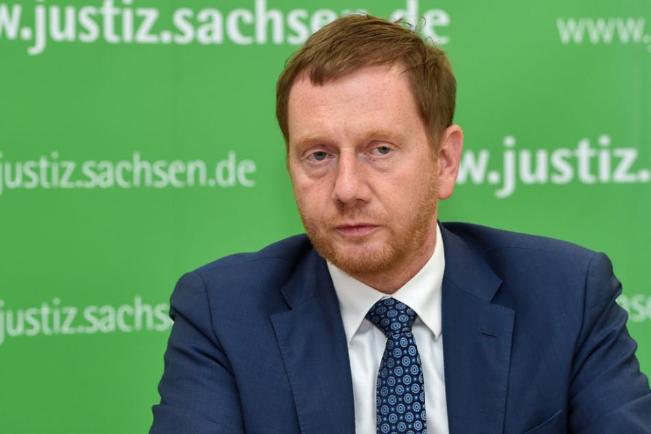 Berät heute in Berlin mit seinen Amtskollegen und der Kanzlerin über das weitere Vorgehen in Sachen Corona: MP Michael Kretschmer (45, CDU).