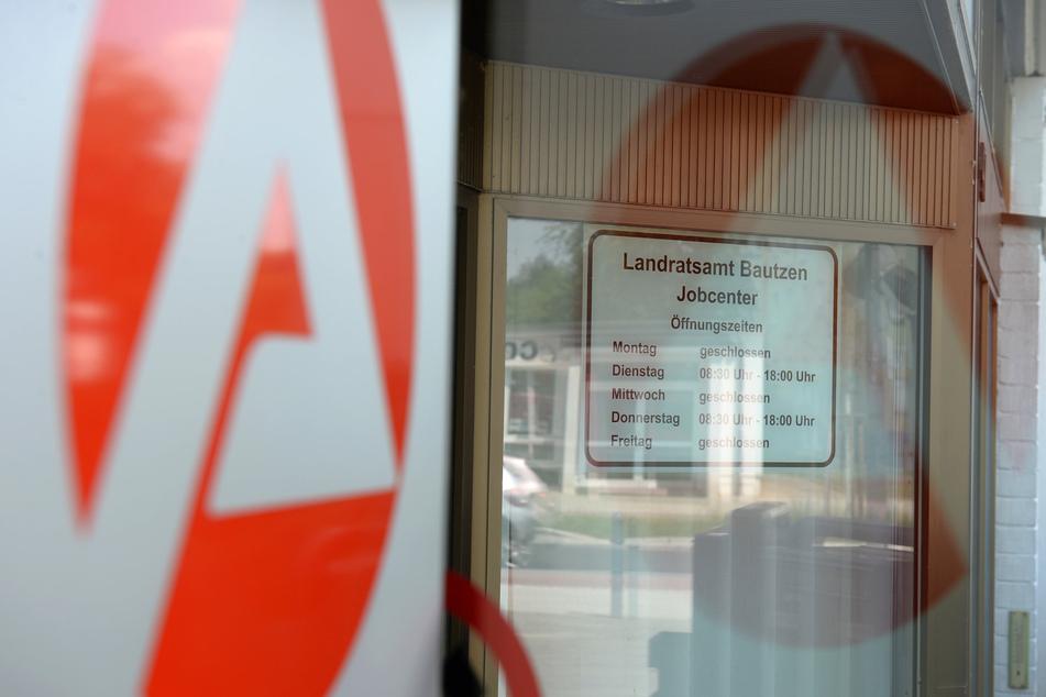 Mit einer gefälschten Kopie seines Entlassungsscheins versuchte der Angeklagte, beim Jobcenter in Bautzen zu betrügen.