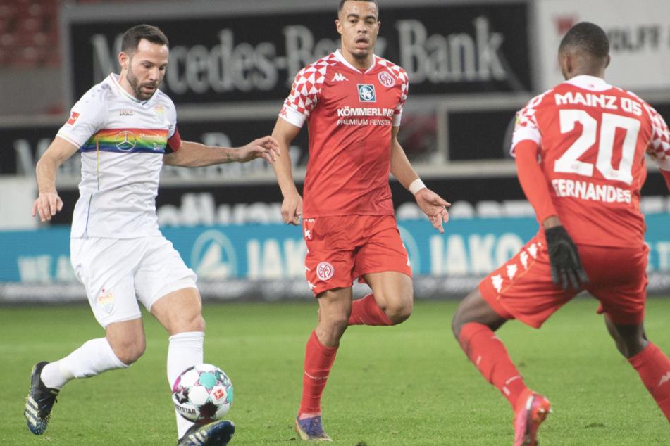 VfB-Kapitän Gonzalo Castro (33, l.) bestritt gegen Mainz 05 sein 400. Bundesligaspiel.