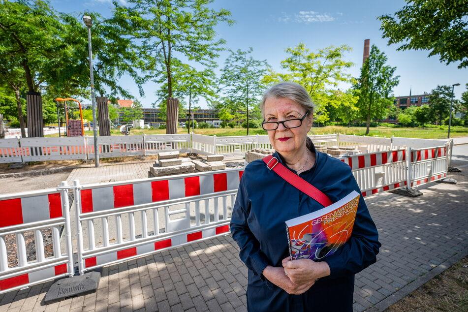 Ulrike Brummert wollte das Kunstwerk an der Brückenstraße beleuchten - jetzt ist dort nur noch eine Baustelle.