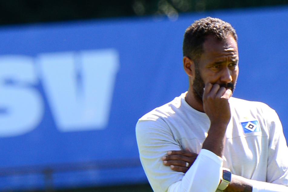 Daniel Thioune (46) ist mit der Leistung des HSV unzufrieden.