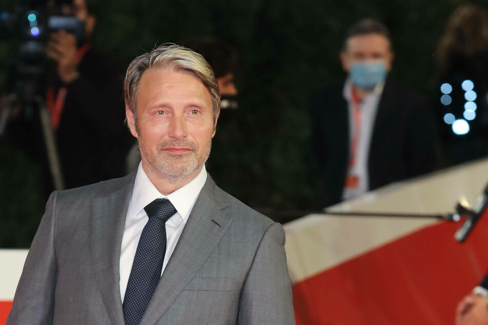 Mads Mikkelsen (55) will take on the role of Grindelwald in the third Fantastic Beasts film.