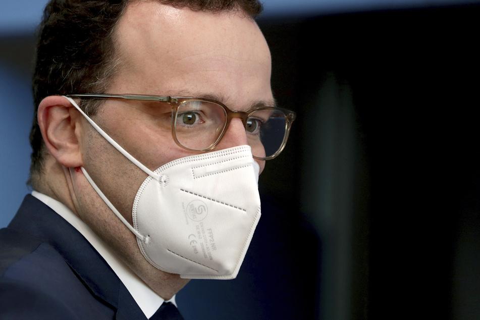 """Gseundheitsminister Jens Spahn fordert: """"Die Zahlen müssen weiter runter."""""""